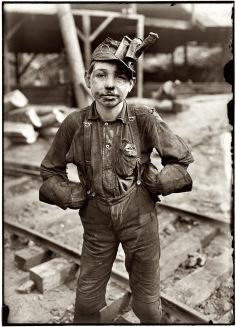 Tipple Boy August 1908 west virginia
